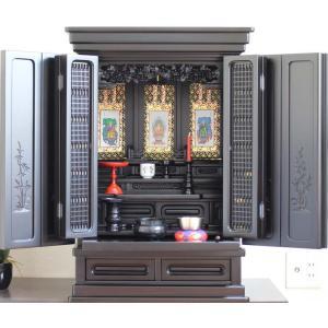 仏壇 小型仏壇  上置仏壇 新灯明25号 黒檀三方練 満点柄ビューで仏具セット|kumano-butu