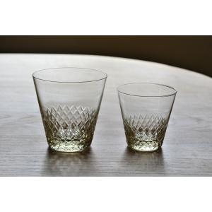 東京の老舗ガラスメーカー・廣田硝子の切子紋様が美しいカットグラスです。  ノスタルジックな雰囲気を持...