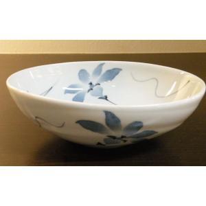 【てっせん 楕円鉢(特大)】  なめらかで程よい厚みのある白磁が特徴的な、砥部焼の楕円鉢です。 幅広...