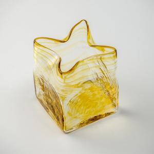 ハンドメイド テーブルウェア 食卓 日本製 記念品 お祝い プレゼント ガラス 「スクエア花器(アンバー)」|kurokabe