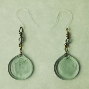 記念品 日本製 お祝い プレゼント アクセサリー ピアス 『nostalgic glass((6)曇空)』|kurokabe