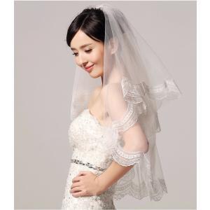 大人のかわいさが溢れるロマンティックなマリアベール。 お顔周りにお花が咲いたように優美なドレス姿を演...