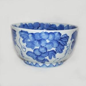 手描き 九谷焼 和洋食器 魯山人うつし 染付葡萄文七寸鉢|kutani-bitouen