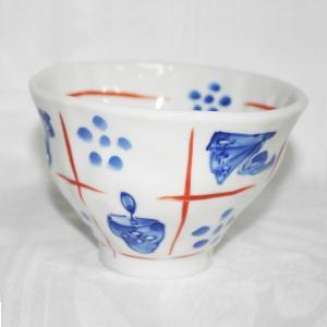 手描き 九谷焼 和洋食器 手起し道具づくし文お茶碗|kutani-bitouen