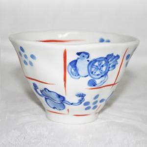 手描き 九谷焼 和洋食器 手起し道具づくし文お茶碗(小)|kutani-bitouen