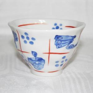 手描き 九谷焼 和洋食器 手起し道具づくし文お茶碗(小) kutani-bitouen 02