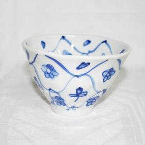 手描き 九谷焼 和洋食器 手起し網目花文様お茶碗(小)|kutani-bitouen