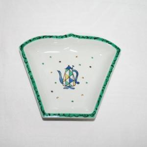 手描き 九谷焼 和洋食器 ペルシャポット文扇形皿(青)|kutani-bitouen