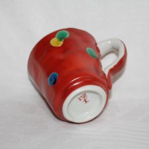 手描き 九谷焼 和洋食器 手起し赤巻水玉文マグカップ(在庫切れ)|kutani-bitouen|03