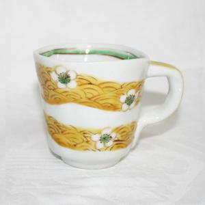 手描き 九谷焼 和洋食器 手起し梅花文マグカップ|kutani-bitouen