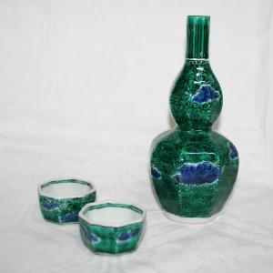手描き 九谷焼 和食器 菊桜文酒器|kutani-bitouen