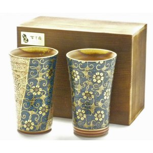 ギフト 九谷焼 ビアカップ ビアジョッキ ビールグラス 酒器 ペア おしゃれ 退職祝い 青粒(ハンコ版)&傑作  木箱入り(kutani beer glasses)|kutanihyakkaen