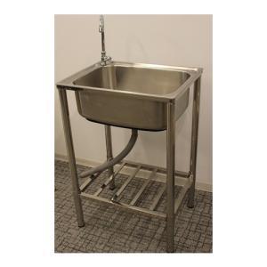 屋外での水仕事に便利!コンパクトな流し台です。 レバー式蛇口付き。市販のホースもそのまま取付できます...