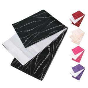 日本製の半幅帯(小袋帯)です。 リバーシブルタイプで両面使えますのでシーンに合わせて浴衣や夏着物など...