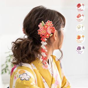 【送料無料】《成人式 髪飾り つまみ細工 7W》振袖 髪飾り セット 和装 着物 5colors 2点 赤 白 紫 ピンク 花 かんざし レトロ 卒業式(zr)