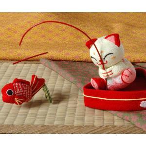 和雑貨 鯛を釣るネコ 迎春 来福 お正月 飾り ちりめん 色おまかせ|kyoto-miyabi