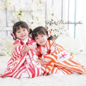 七五三 着物 3歳 販売 三歳 女の子 「 心梅(こうめ) 」 レトロ 古典 オシャレ 子供 753 フルセット 棒縞 大正浪漫 袖付き被布セット 購入|kyotorurihinagiku