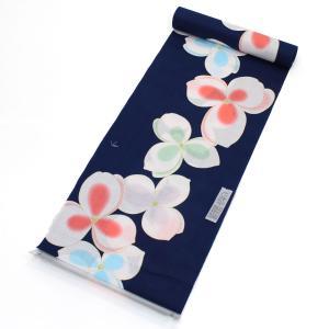 ViViブランドの新品浴衣の反物です。 少し透け感のある涼し気な紺色の生地にピンク・水色・パステルグ...