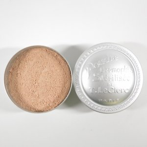 米粉を使用したフェイスパウダー T.ルクレール ルースパウダー シェールオークレ T.LeClerc...