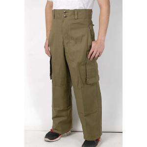 フランス軍本物パンツ  1950年代デッドストック  色はグリーン系ブラウン 画像の色と若干違う場合...