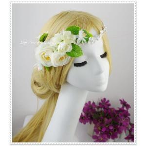 白のシルクフラワー花冠風ヘッドドレス/ウェディング/帽子/ヘアアクセサリー/ブライダル/結婚式/花嫁|labolero