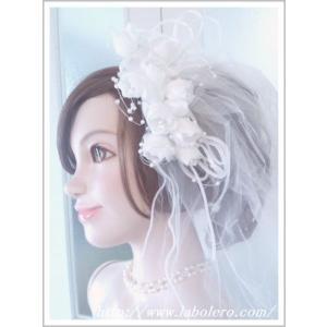 ベールがついたお花のヘッドドレス/ウェディング/ブライダル/ヘアアクセサリー/結婚式/花嫁|labolero
