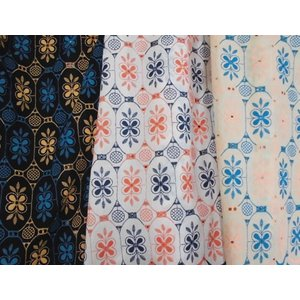 綿カットワークレース生地(3色) コットン 北欧花柄 北欧風 無地布にカラフルな刺繍 エスニック アジアン|laceya