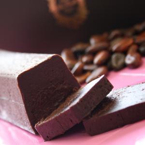 濃厚塩チョコレートケーキ プレミアムチョコ ラ・ファミーユ ...