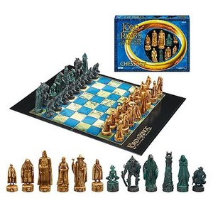 The Lord of the Rings Chess Set- The Return of the King【並行輸入品】|lakibox28
