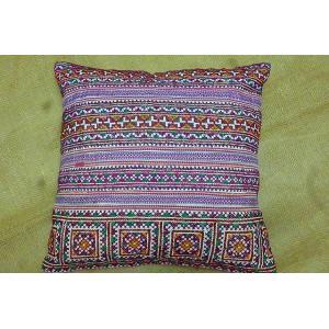 モン族 クションカバーB パープル系 42×42 刺繍クッションカバー クッションカバー紫 クッションカバーエスニック おしゃれカバー lakshmi2011