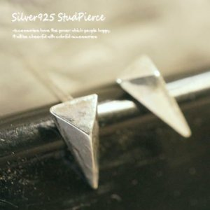 シルバーピアス レディース エッジ 三角 スタッズ ピアス 鋲 三角形 スタッドピアス|laplateriashu
