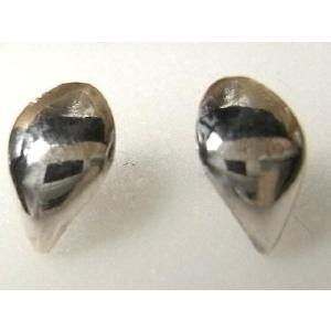 シルバーピアス レディース メンズ シンプル 貝 曲線 貝の様なデザインのスタッドピアス|laplateriashu