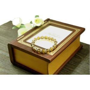琥珀色が上品さをUPさせる  六角形にカットされた美しいビーズブレスレットと花型ビーズのブレスレット|laplateriashu
