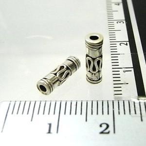 シルバーバーツ 1-068 2個で1セット 11×3mmサイズのバリスタイルの模様が入った細長いビーズ|laplateriashu