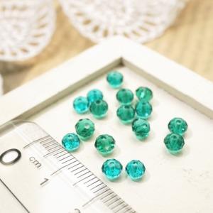 多面カットビーズ直径4mm エメラルドブルー ガラスビーズ チェコビーズ アクセサリーパーツ|laplateriashu