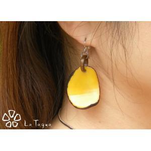 LT-SPweb タグア ピアス/イヤリング イエロー、 ピアスはキャッチ付き Tagua Earrings Yellow lataguab