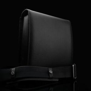 【お取り寄せ品・予約可】GARIZ/ゲリズ コンパクトデジカメ、タブレットの持ち運びに最適 本革クロスバッグ BB-LCBBK|laughs