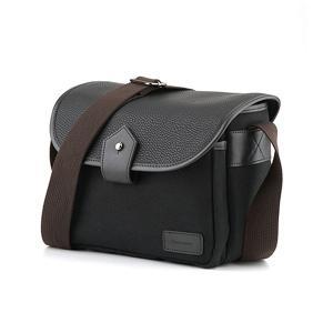 ユニセックスデザインのショルダーカメラバッグです。 DLSRカメラと予備の小口径望遠レンズの持ち歩き...