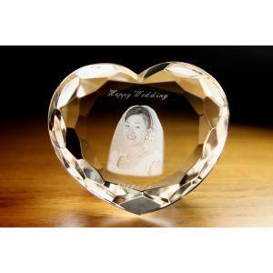 お手持ちの写真からオリジナル記念品を作成 Laser Crystal Art オブジェタイプ ハート型 ラウンドカット(Aサイズ)  光学ガラス製|laughs