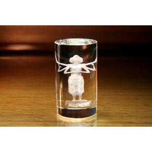 お手持ちの写真からオリジナル記念品を作成 Laser Crystal Art オブジェタイプ 円筒形(Aサイズ)  光学ガラス製|laughs