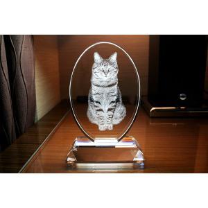 大切な思い出を永遠のクリスタルに彫刻 クリスタルガラス製 お位牌 楕円型縦長 ガラス製台座付き YRI001|laughs