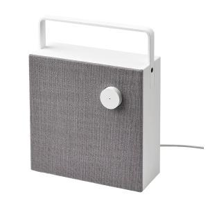 単体で使えるポータブルスピーカー。クリアでパワフルなサウンドを実現します スピーカー前面にある電源の...