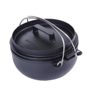 ●スノーピークの地元燕三条地区の鋳物成型技術によって実現した薄くて丈夫な鋳物を採用したダッチオーブン...