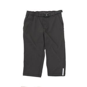 ●街乗りに、普段着に使える細身のシルエットの七分丈パンツ。●動きやすいストレッチ素材で股下中央にも縫...