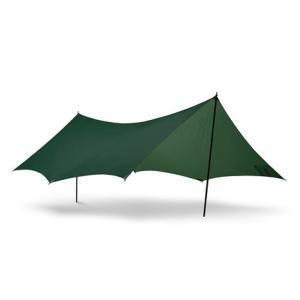 ●ヒルバーグ社のタープは天候から身を守りながらも、「アウトドア」を五感で感じるために最適な選択肢です...