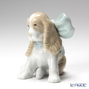 首に結んだ大きなリボンがキュートな、仔犬の愛らしさが充分に表現された作品 ナオ NAO スペイン フ...