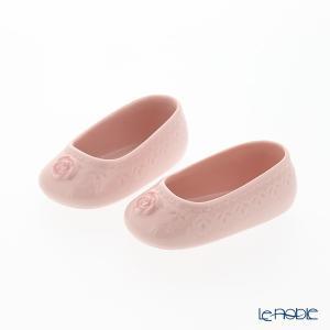 ピンクのお花が可愛らしい、女の赤ちゃん用のベビーシューズオブジェ。 ナオ NAO スペイン フィギュ...