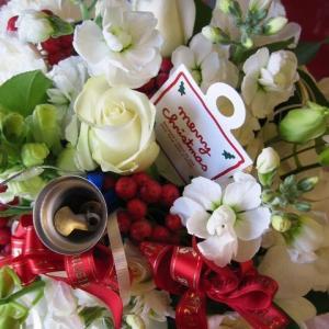 クリスマスプレゼント 花 フラワーアレンジメント ホワイトク...