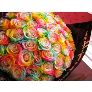 クリスマスプレゼント 花束 レインボーローズ  プリザーブドフラワー使用 枯れない 大輪レインボーローズ  50本 花束|leaves78|04