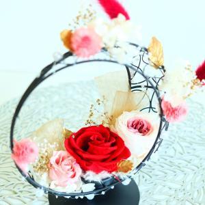 プリザーブドフラワー アレンジメント 結婚式 ウェルカムボード クレセントムーン|lecocon